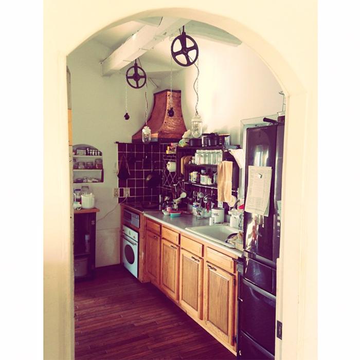 キッチン横から