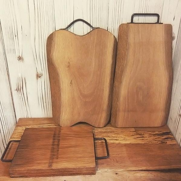 カッティングボードと鍋敷き